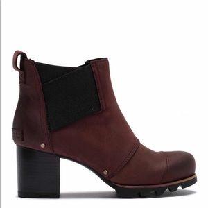 NWT Sorel Addington Chelsea Heeled Boots - Sz 7